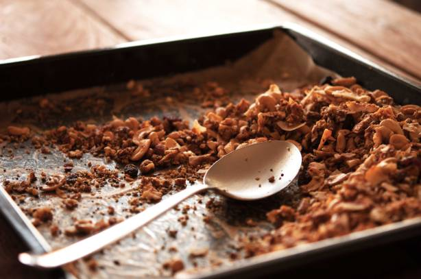 natürlich essen | Paleo Knusper Müsli | Lars Brouwers & Torsten Fleischer