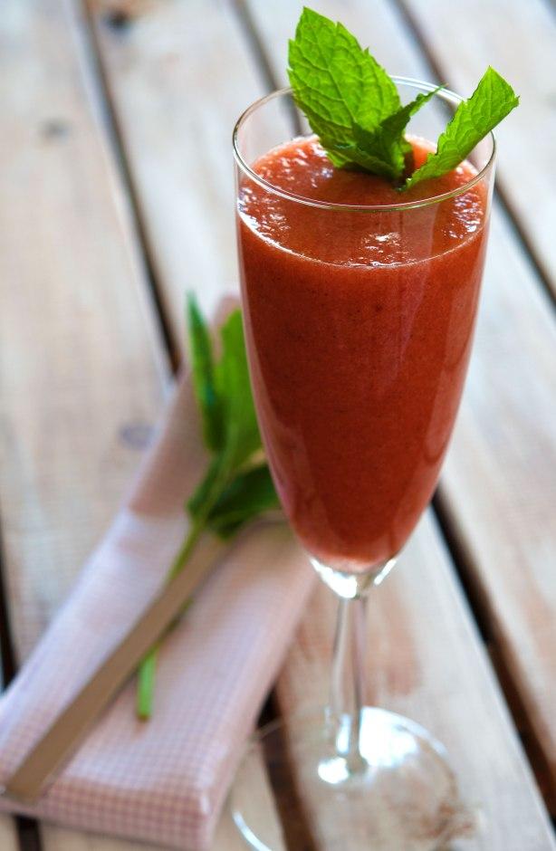 natürlich essen | Bananen Erdbeer Minz Smoothie | Lars Brouwers & Torsten Fleischer
