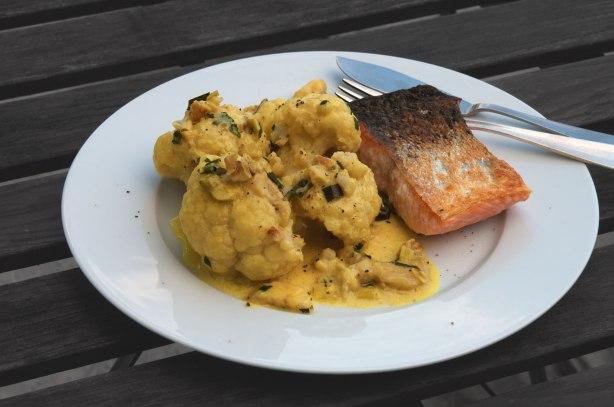 natürlich essen | Blumenkohl Curry mit Lachs | Lars Brouwers & Torsten Fleischer
