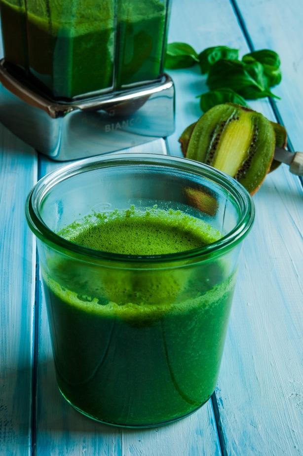 natürlich essen | grüner Spinat Smoothie | Lars Brouwers & Torsten Fleischer