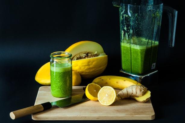 natürlich essen | grüner Smoothie | Lars Brouwers & Torsten Fleischer
