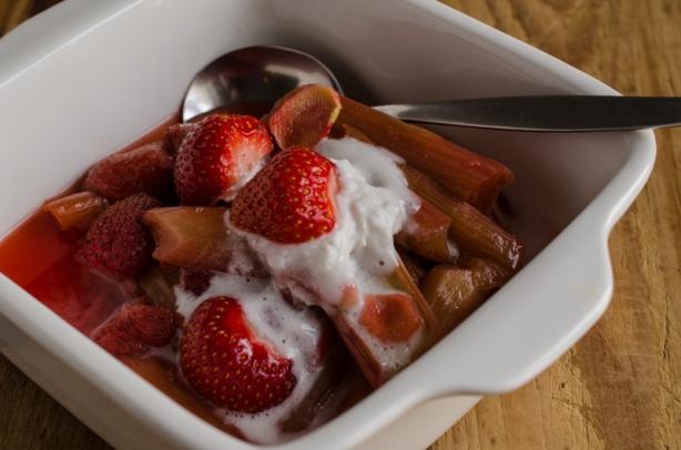 natürlich essen | Rhabarber-Erdbeer-Kompott | Lars Brouwers & Torsten Fleischer